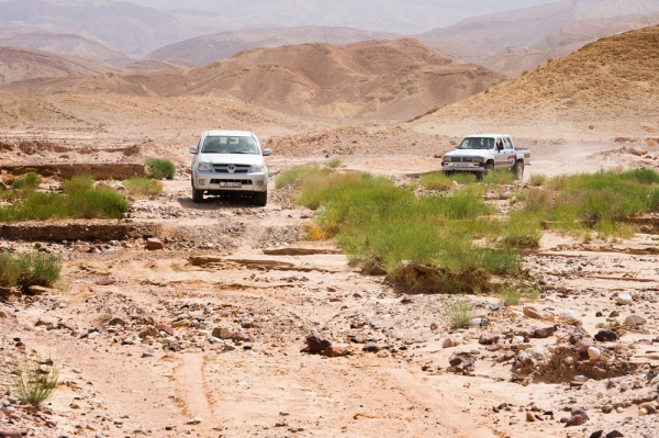 Driving to the site through the wadi